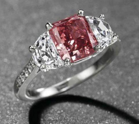 1.92-carat, rectangular-cut, fancy red diamond ring