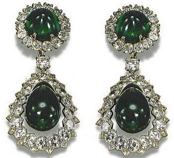 catherine-the-great-emerald-diamond-earrings