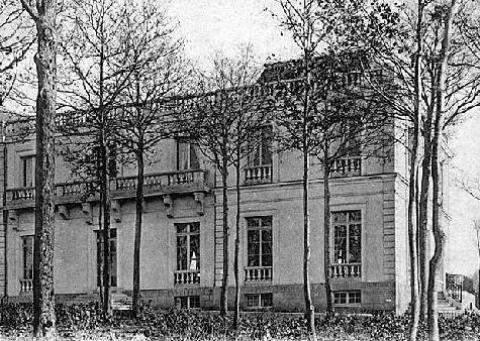 Château du Bois du Rocher at Jouy-en-Josas purchased by Olof Aschberg in the late 1920s