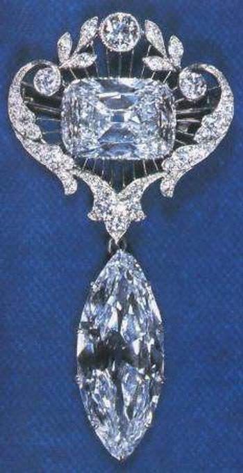 cullinan-vi-and-viii-brooch