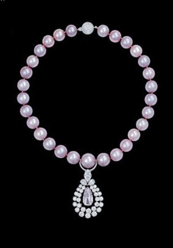 The Graff Pearl and Diamond Necklace