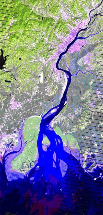 Landsat Satellite Image of Yalu river and Korea Bay