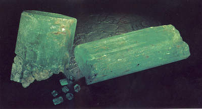 The LKA Emerald and the Finger or Stephensons Emerald