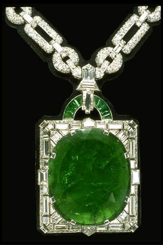 Mackay Emerald Necklace Muzo Mine Colombia