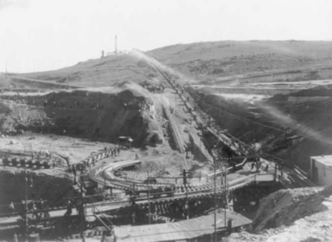 Photograph of Premier Diamond Mine, Transvaal, South Africa, taken between 1902 and 1923