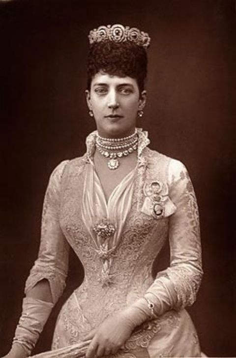 Photograph of the Princess of Wales, Princess Alexandra by W & D Downey taken around 1889
