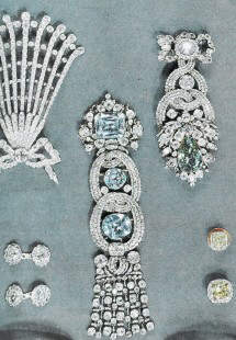 The Dresden white ornament (center) and the Dresden green ornament(top right)