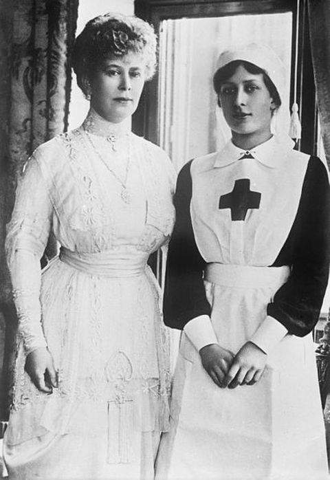 Queen Mary with her daughter Princess Mary during World War I