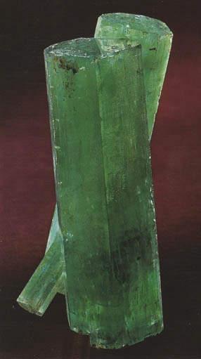 1493-carat Reitzler Twin Emerald