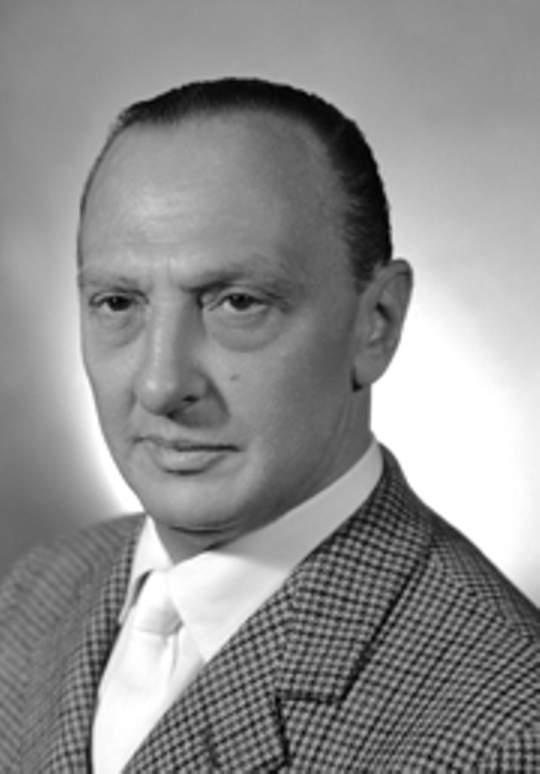Senator Renato Angiollilo, who purchased the Princie Diamond Necklace from Van Cleef & Arpels in 1961