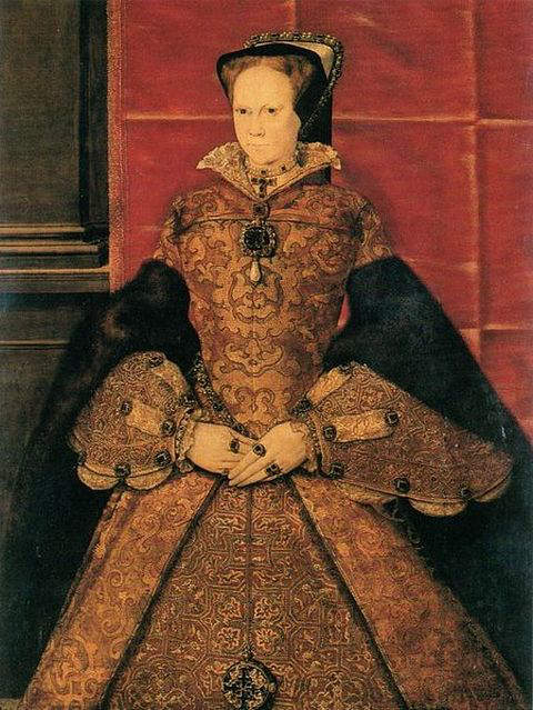 1554-portrait of Mary I by Hans Eworth, showing her wearing a brooch with the La Peregrina hanging as a pendant